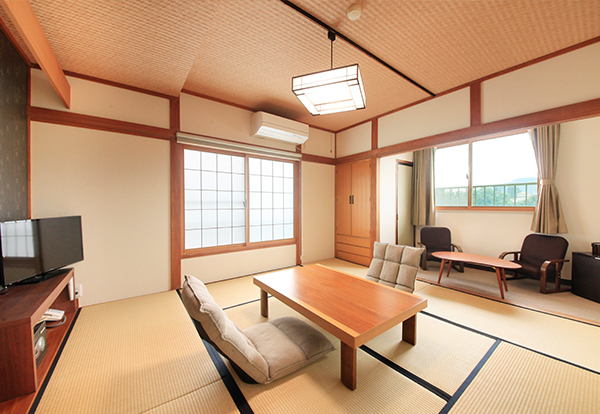 Japanese-style Rooms1